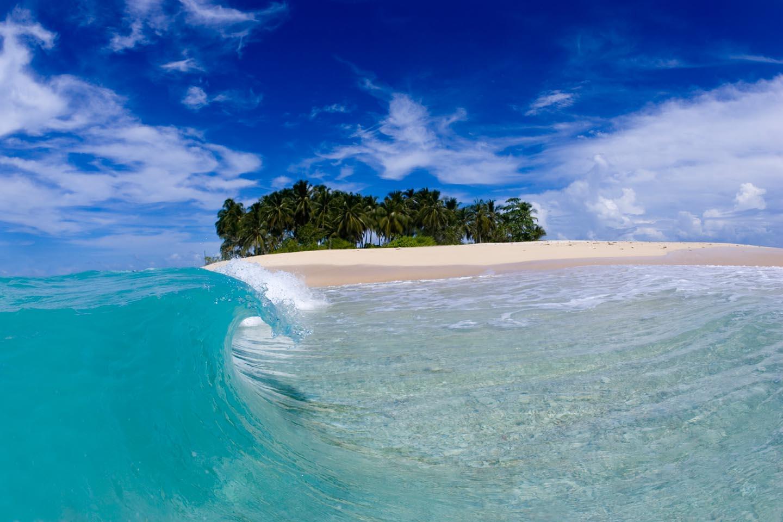 Hasil gambar untuk pantai mentawai