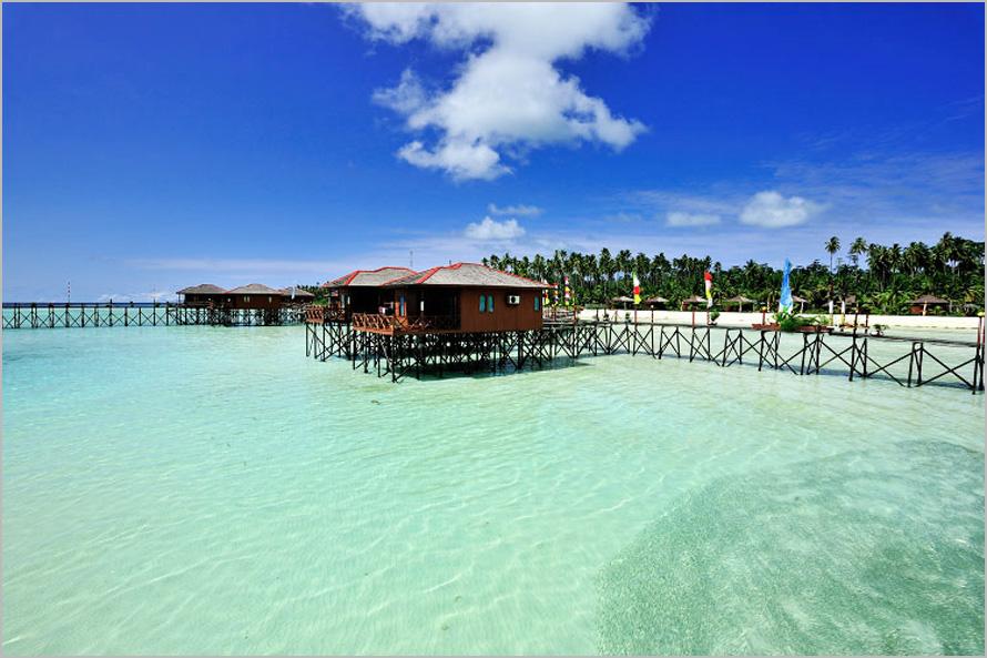 Hotel Di Derawan Island