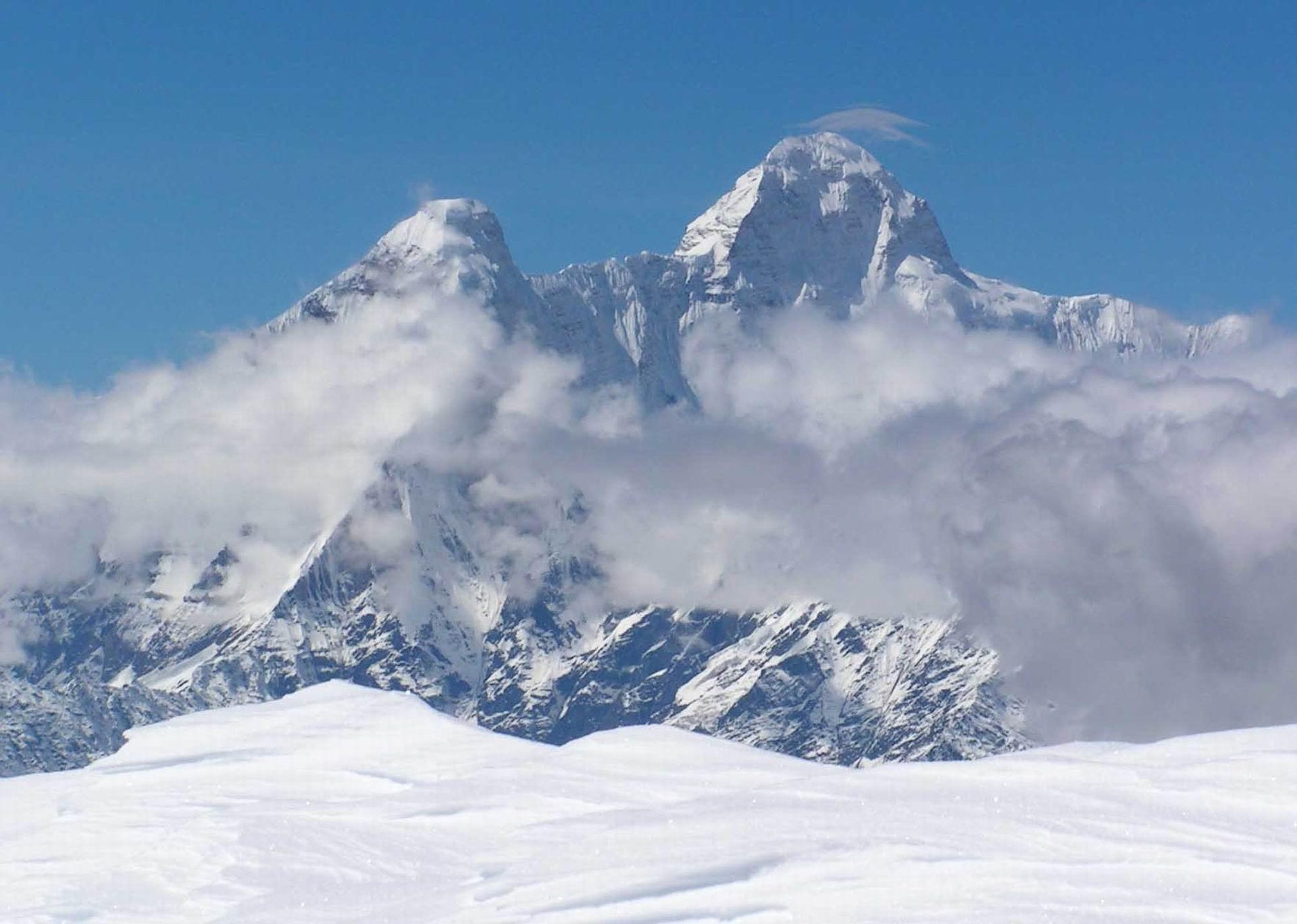 Keindahan Puncak Jaya Wijaya, Salah Satu Seven Summit yang