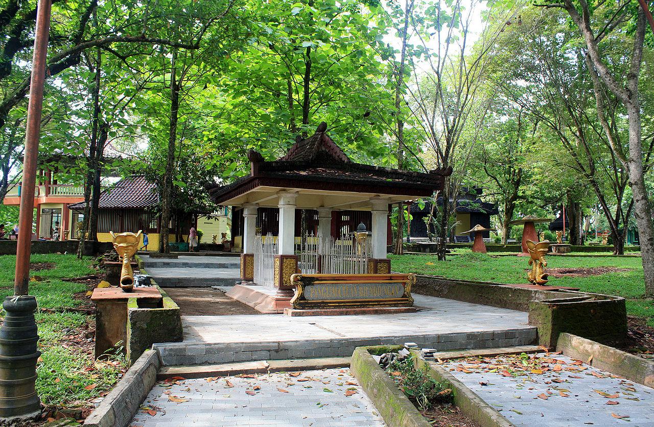 Wisata Bukit Siguntang di Palembang - Sumatera Selatan
