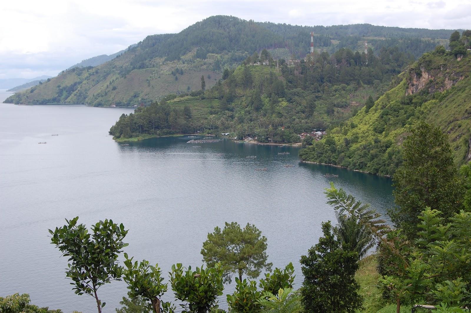 Bukit Tarabunga Melihat Danau Toba Dari Bukit Di Sumatera