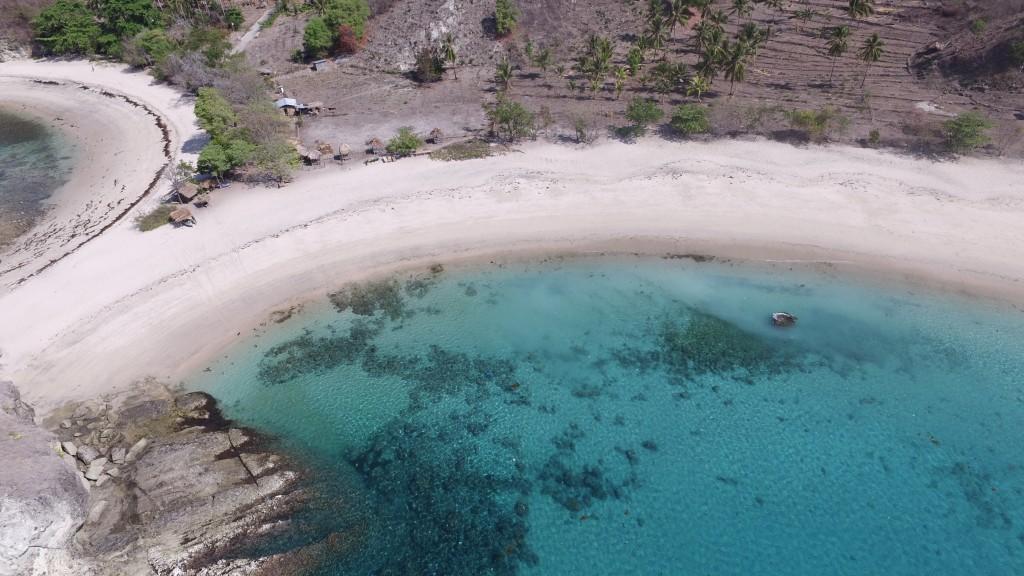 Pantai Koka Suasana Liburan Menyenangkan di Nusa Tenggara Timur - Nusa  Tenggara Timur