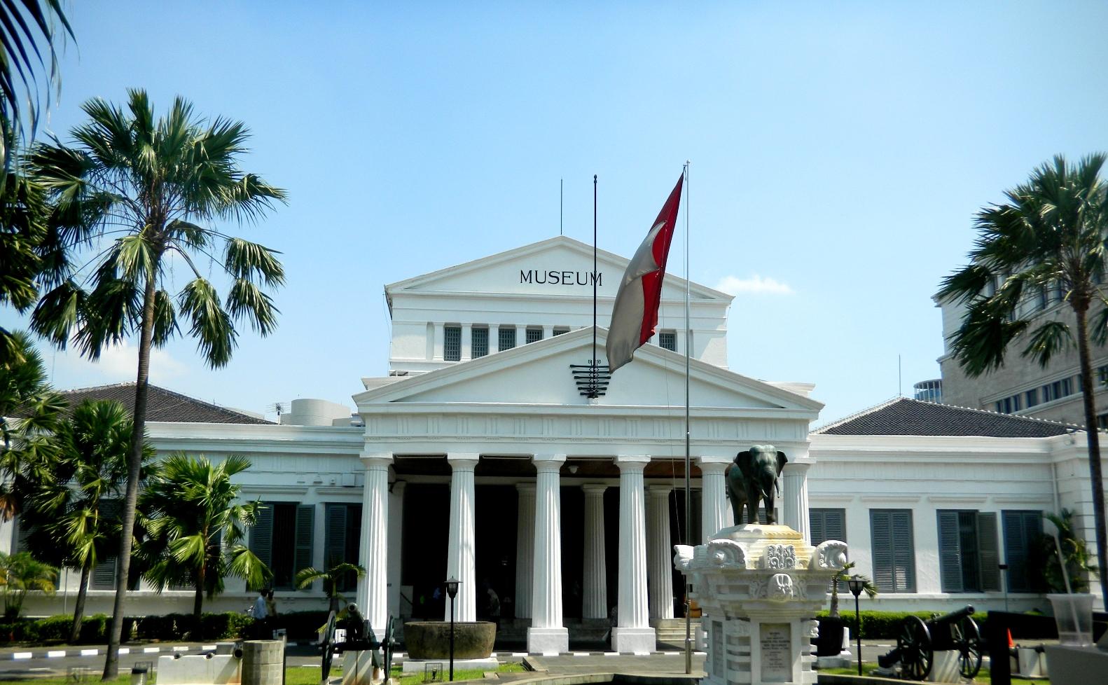 Museum Gajah Jakarta Wisata Sejarah Ke Museum Pertama Di Asia Tenggara Jakarta