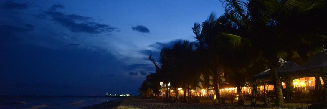 Pantai Kemala Kalimantan Timur Nikmati Suasana Seperti Di