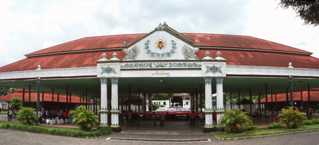 Kraton Yogyakarta Nuansa Liburan Tersendiri di Yogyakarta ...