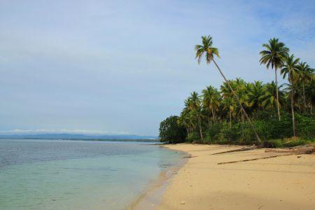 Pulau Bobale Maluku Utara