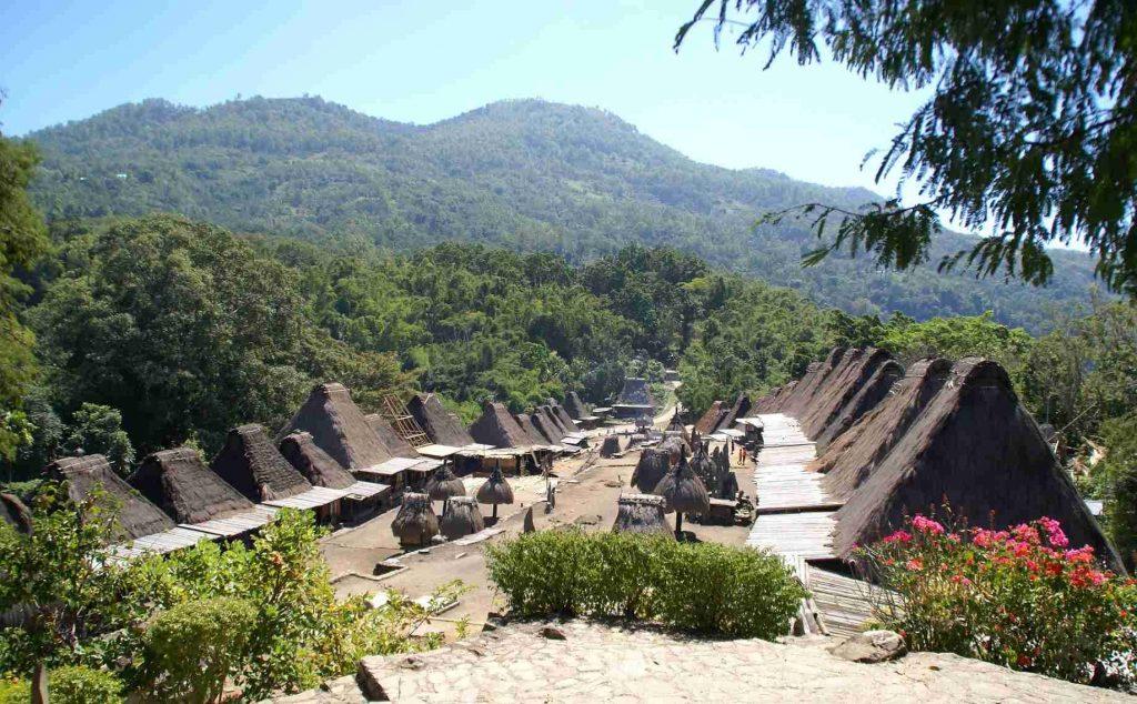Kampung Bena Kemegahan Desa Adat di Nusa Tenggara Timur - Nusa Tenggara  Timur