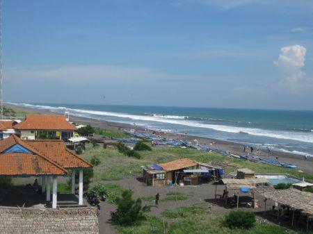 Pantai Jatimalang Suasana Berbeda di Pesisir Selatan Jawa Tengah