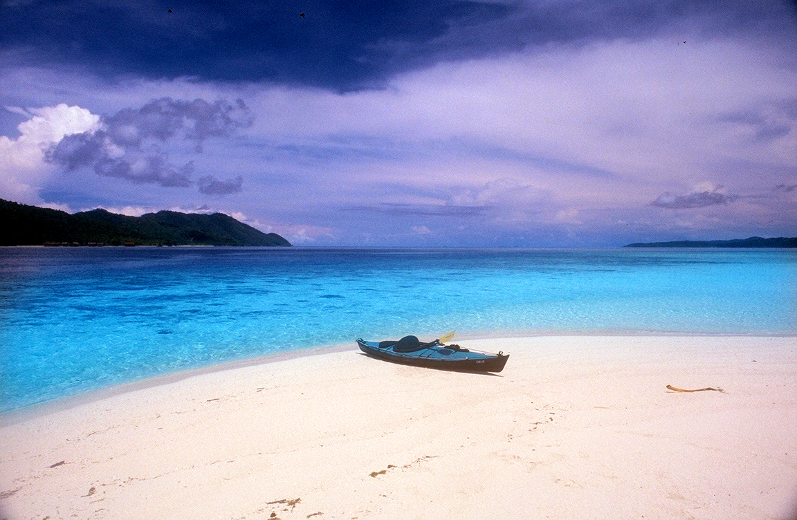 Pulau Misool Pulau Eksotis Di Papua Barat Papua Barat