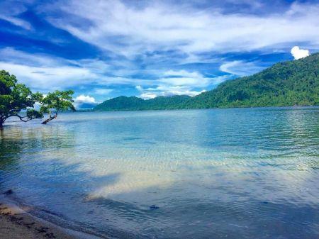 Pulau Ahe Papua