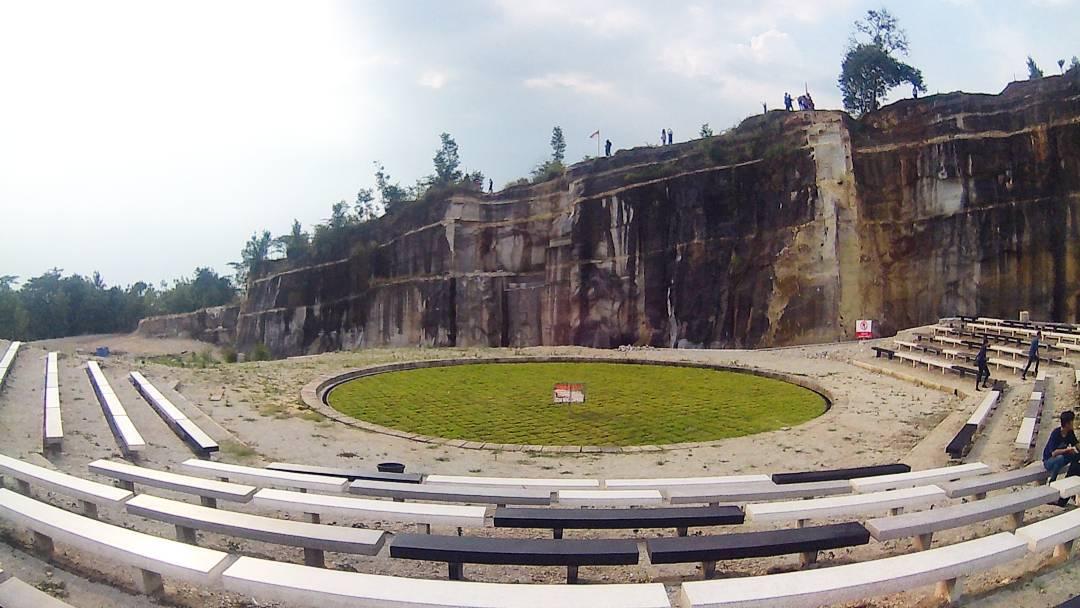 Tebing Breksi Wisata Baru Bukit Batu Di Yogyakarta Yogyakarta