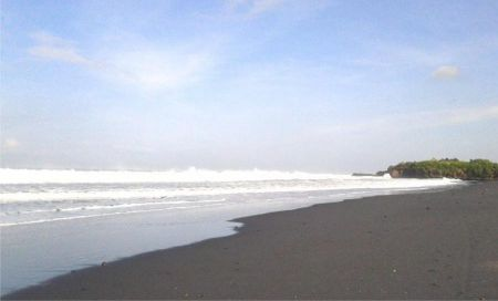 Pantai Kelating Bali