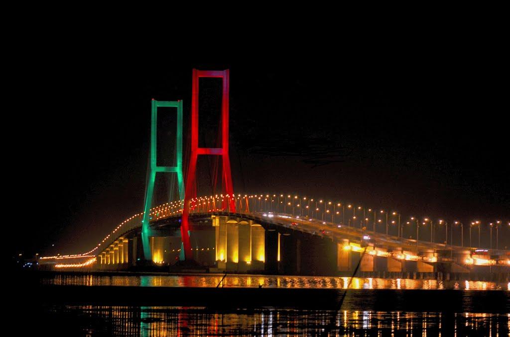 Jembatan Suramadu Keindahan Jembatan Terpanjang Di Indonesia Jawa