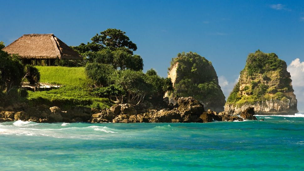 Surga Privasi Pantai Nihiwatu - Nusa Tenggara Timur