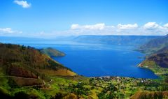 Pemandangan Danau Toba di Sumatera Utara