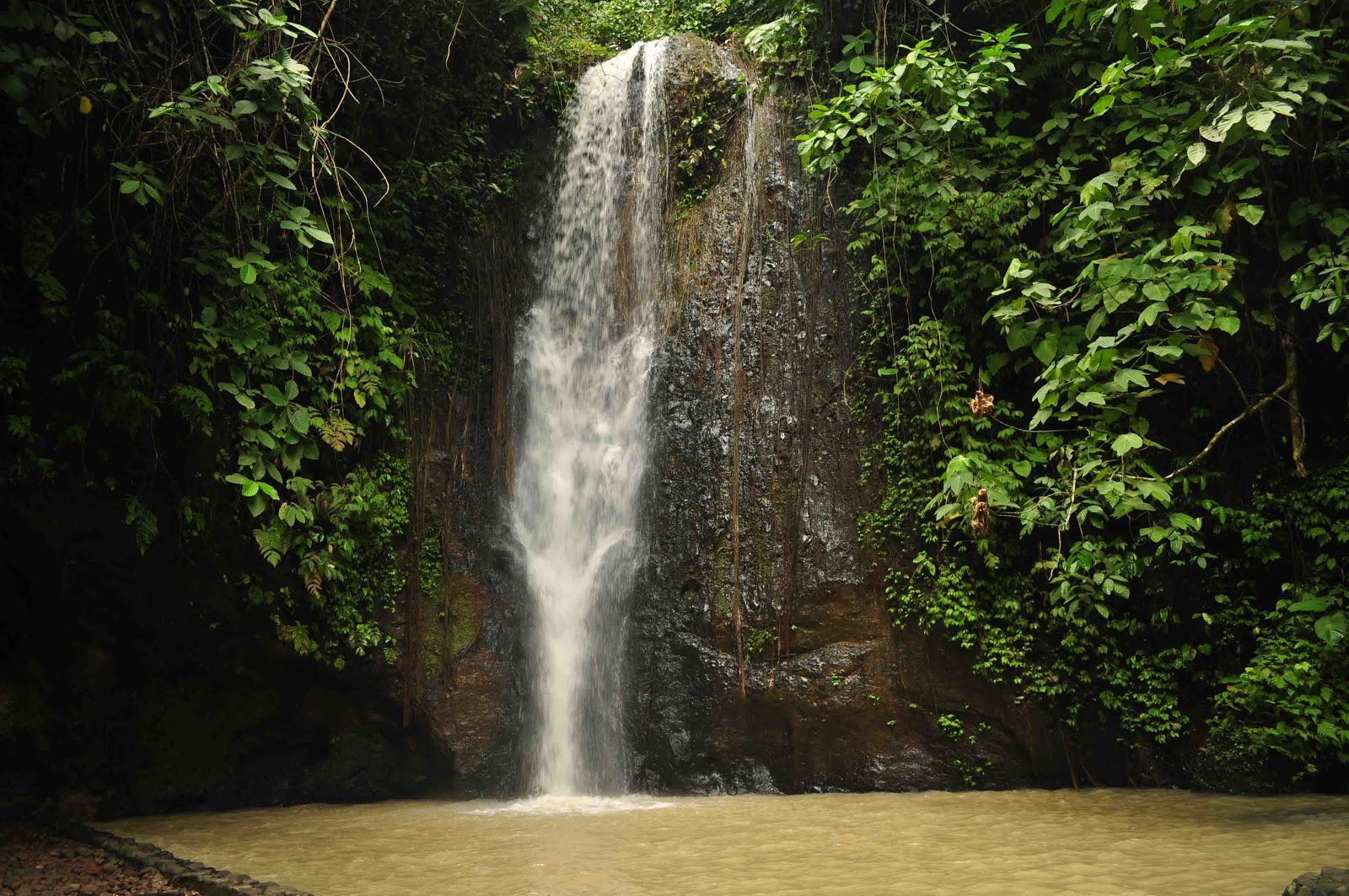 Batu Putu Waterfall