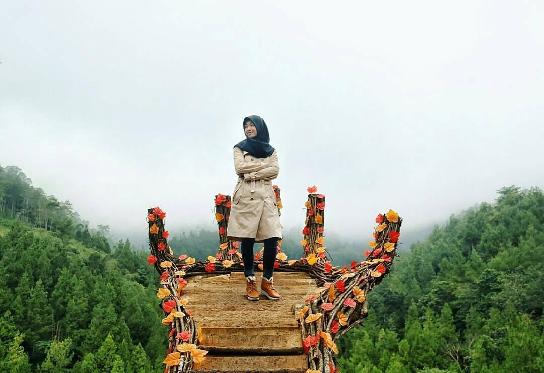 Coban Putri Wisata Di Antara Lembah Dan Perbukitan Kota Batu Jawa Timur