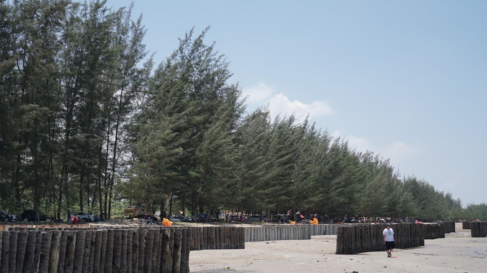 5 Tempat Wisata Pantai Kalimantan Timur Yang Menarik