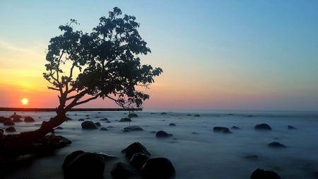 Pantai Celong Batang Provinsi Jawa Tengah