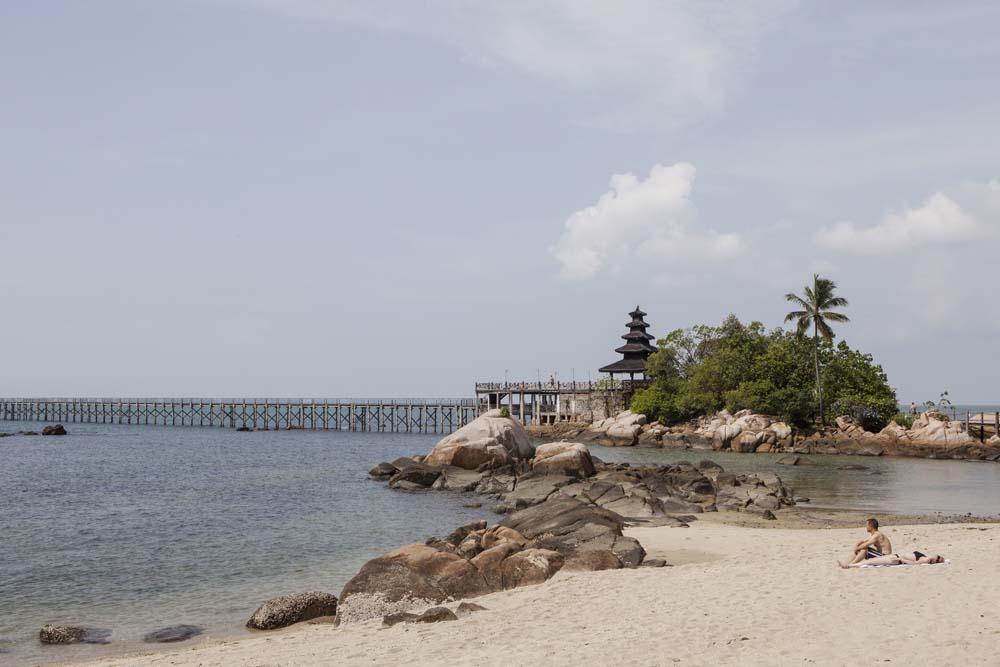 Pantai Nongsa Kepulauan Riau