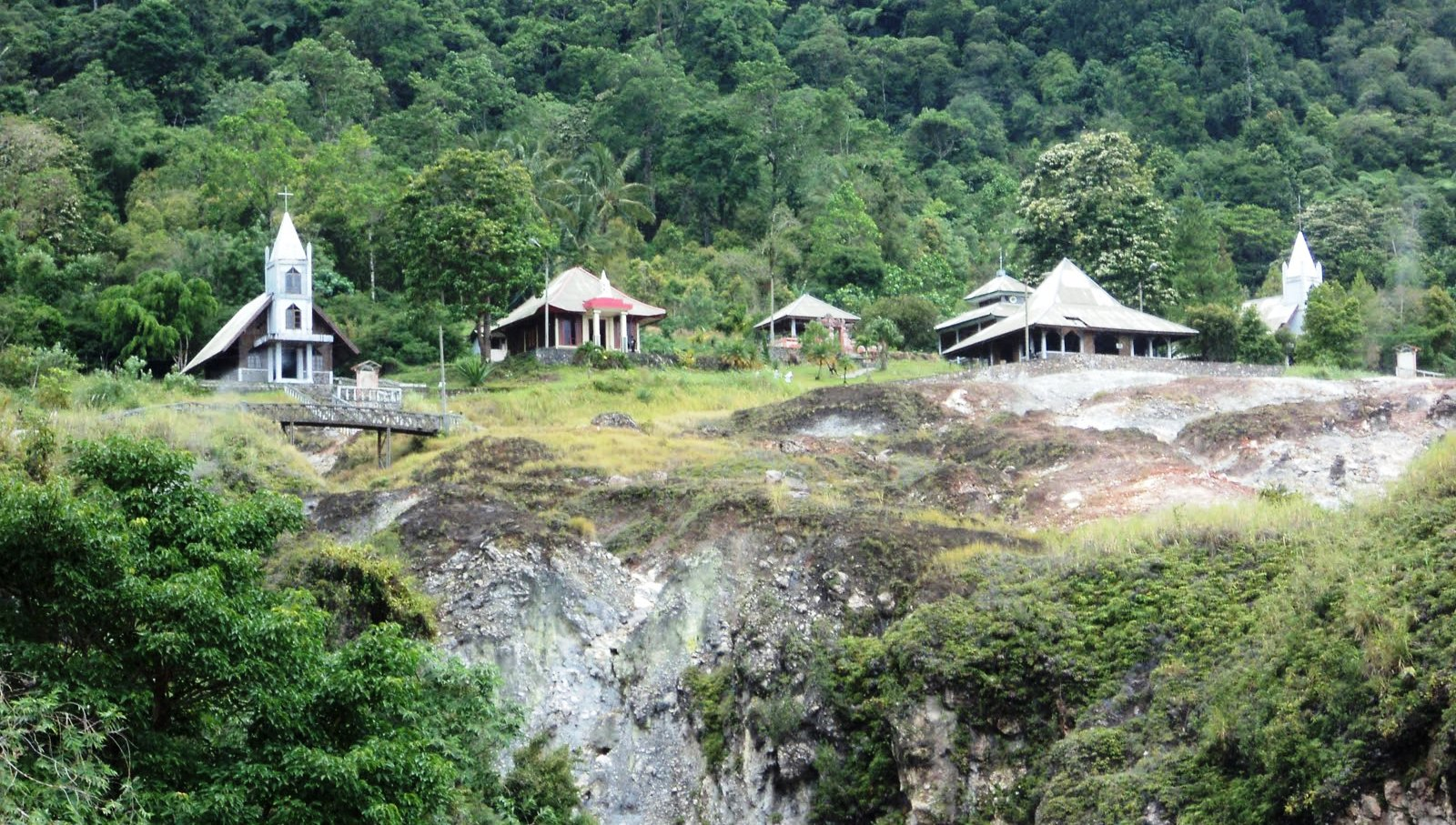 Bukit Kasih, Keindahan Alam dari Puncak Bukit - Sulawesi Utara