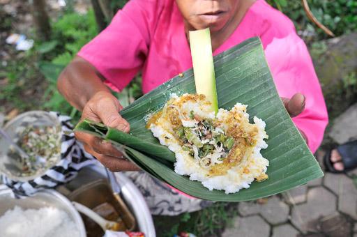 Image result for Nasi Tepeng khas bali