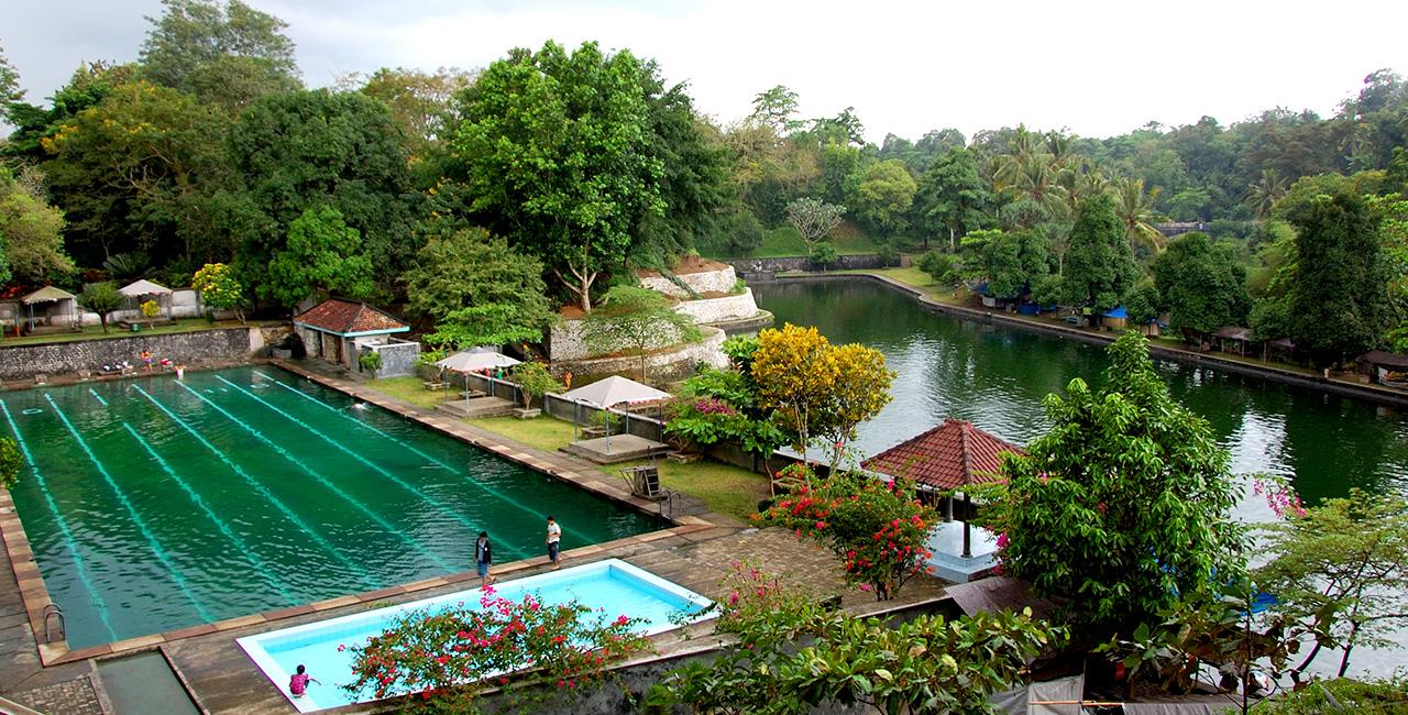 Taman Narmada Nusa Tenggara Barat