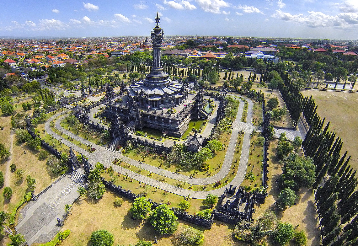 Monumen Bajra Shandi Indahnya Wisata Bersejarah di Bali - Bali