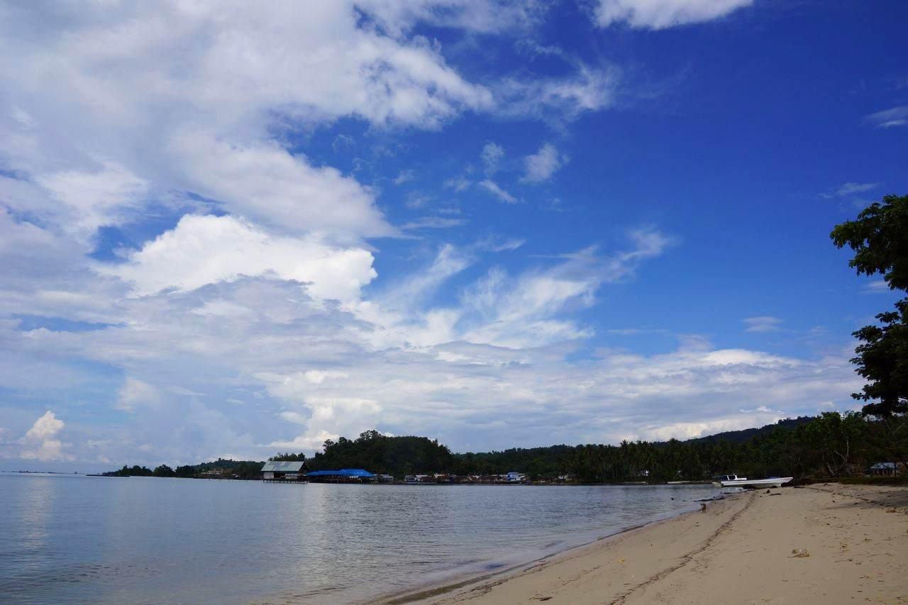 Pantai Nambo Sulawesi Tenggara