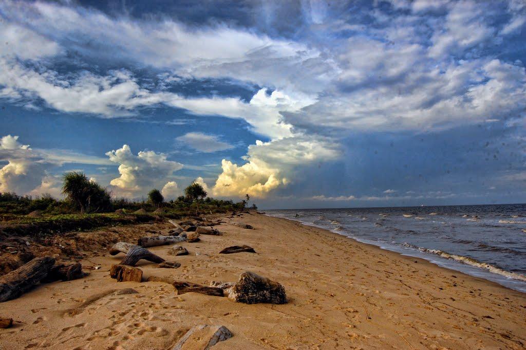 Pantai Ujung Pandaran Kalimantan Tengah