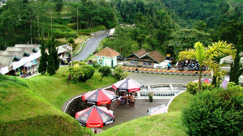 wisata alam telomoyo magelang jawa tengah Ketep Pass Jawa Tengah Menikmati Panorama Gunung Merapi Dan